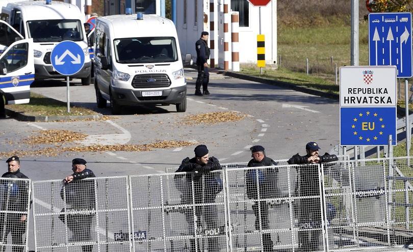 Хърватия издигна ограда по границата с Босна и Херцеговина
