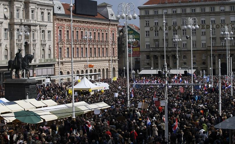 хиляди хървати протестират истанбулската конвенция