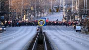 Фенове на ЦСКА блокираха Орлов мост