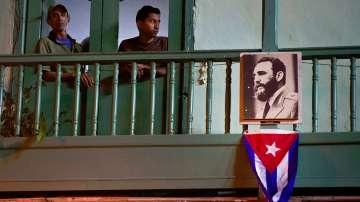 Куба е в траур, Маями ликува