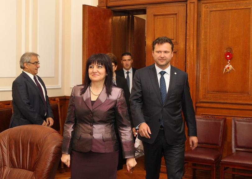 цвета караянчева срещна председателя чешкия парламент
