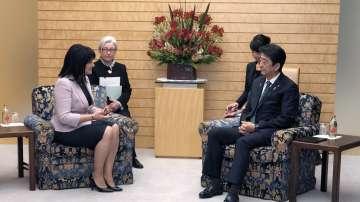 Цвета Караянчева се срещна с японския премиер Шиндзо Абе