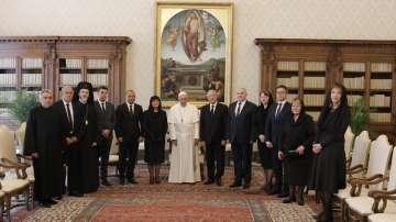 Папа Франциск прие водената от Цвета Караянчева делегация във Ватикана (СНИМКИ)