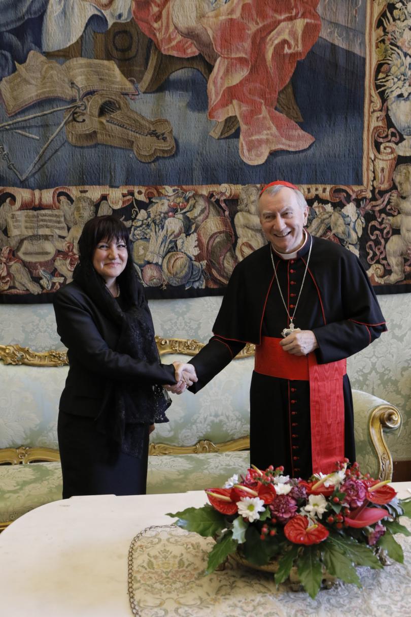 снимка 14 Папа Франциск прие водената от Цвета Караянчева делегация във Ватикана (СНИМКИ)