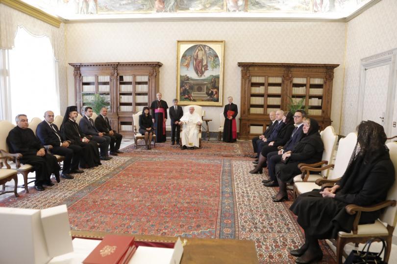 снимка 3 Папа Франциск прие водената от Цвета Караянчева делегация във Ватикана (СНИМКИ)