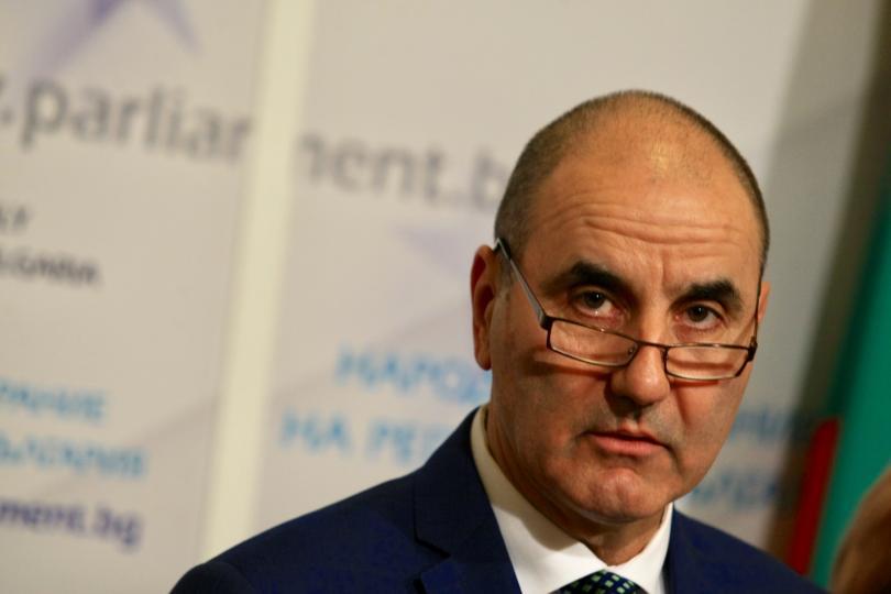 депутатите приеха оставката цветанов
