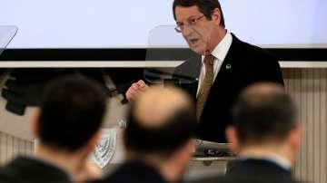 Кипърците могат да загубят до 8 на сто от доходите си при евентуален Брекзит