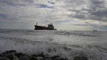 Празен танкер се запали край бреговете на Кипър