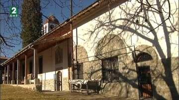 Църквата в пазарджишкото село Радилово се нуждае от ремонт