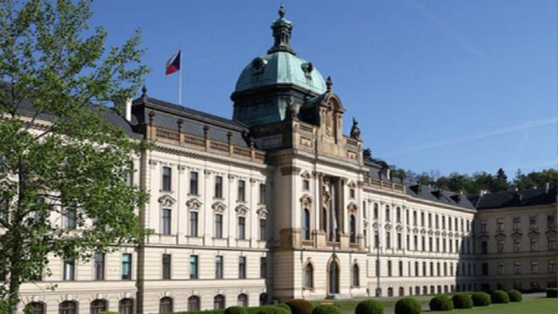 Новото двупартийно правителство на чешкия премиер Андрей Бабиш положи клетва