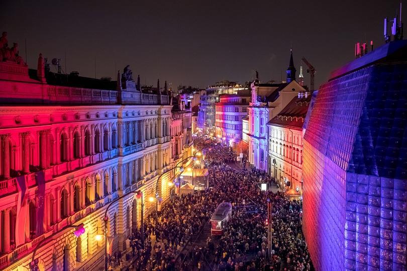 Чехия и Словакия отбелязват днес 30-тата годишнина от началото на