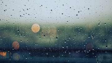 Новата седмица започва с дъжд