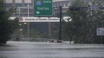 Ураганът Харви потопи Тексас
