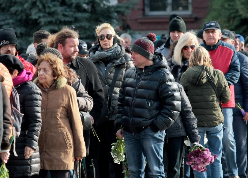 снимка 4 България се сбогува с най-обичания си актьор - Стефан Данаилов