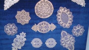 Започва подготовка за вписване в Юнеско на занаята плетенe на калоферска дантела