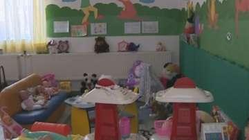 Държавата се грижи за над 8500 изоставени деца