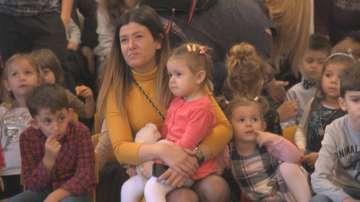 Коледно тържество на Центъра за деца с увреден слух