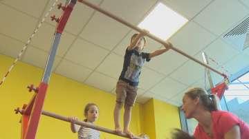 Лятна гимнастика развива физическите умения и стимулира общуването при децата