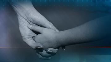 Деца направиха дарение на Неонатологията във Великотърновската болница