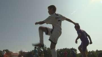 Социално слаби деца тренират безплатно футбол