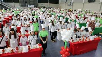 Деца се учиха на здравословно хранене