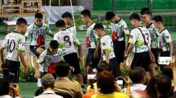 Спасените тайландски момчета дадоха пресконференция