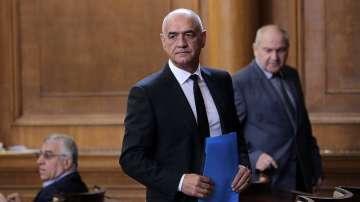 Парламентът избра д-р Дечо Дечев за управител на Здравната каса