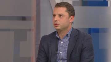 Делян Добрев подаде оставка