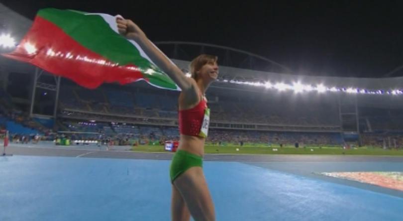 снимка 1 Бившата треньорка на Демирева: Ще чакаме златен медал в Токио