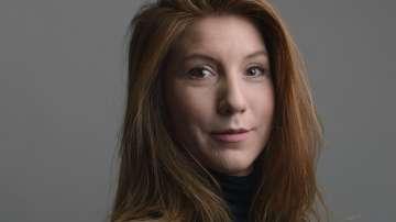 Продължава издирването на журналистката, изчезнала при потъването на подводница