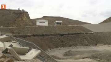 Защо все още не работи депото за отпадъци край село Бучино?