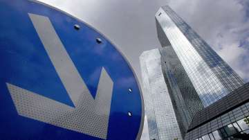 Берлин не изготвя спасителен план за Дойче банк