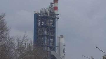 Кметът на Девня обвини циментовия завод в града в замърсяване на въздуха