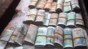 Спецакция: Откриха 77 000 лв. в дома на наркодилър от Пазарджик