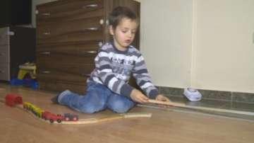 Българската Коледа помага на 5-годишния Димитър