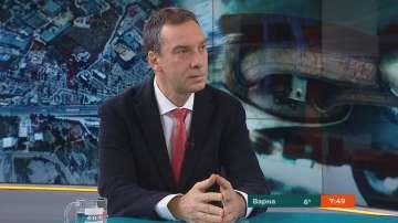 """Димитър Николов за данъка върху старите коли: Принципът е """"замърсителят плаща"""""""