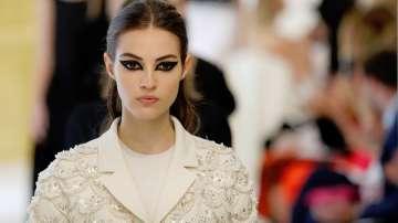 В Париж бяха представени колекциите на модните къщи Диор и Скиапарели