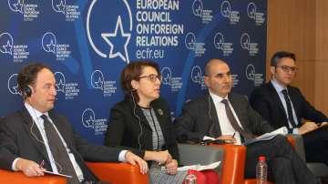Дискусия Възможна ли е Европа на първо място се проведе в Дома на Европа