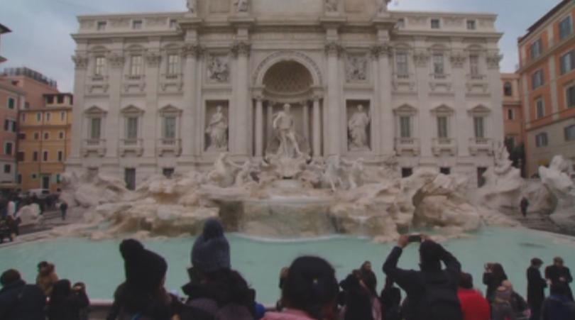 Буря от противоречиви коментари в Рим след като кметството предложи