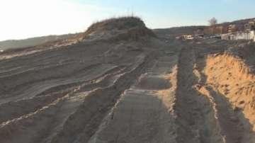 Започва делото за разораните дюни на къмпинг Смокиня