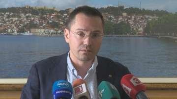 Ангел Джамбазки обясни позицията на ВМРО спрямо Сърбия