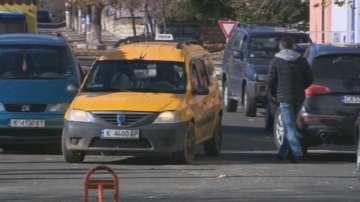В Джебел партия осигурява безплатни таксита до избирателните секции