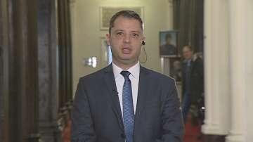 Делян Добрев не подкрепя идеята държавата да притежава 34% от ЕРП-тата