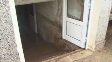 Наводнени къщи и мазета в добрички села