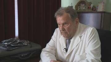 82-годишният д-р Никола Христов: Най-много ми тежи, когато загубя пациент