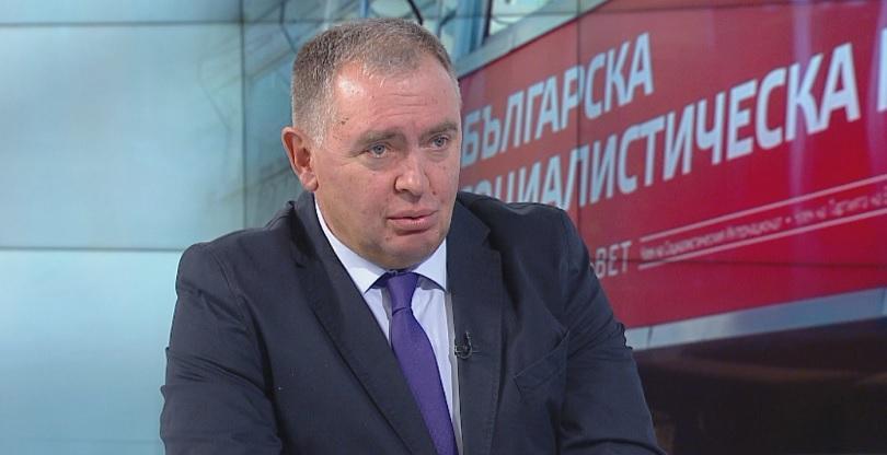 Министърът на здравеопазването Кирил Ананиев днес ще представи варианти на