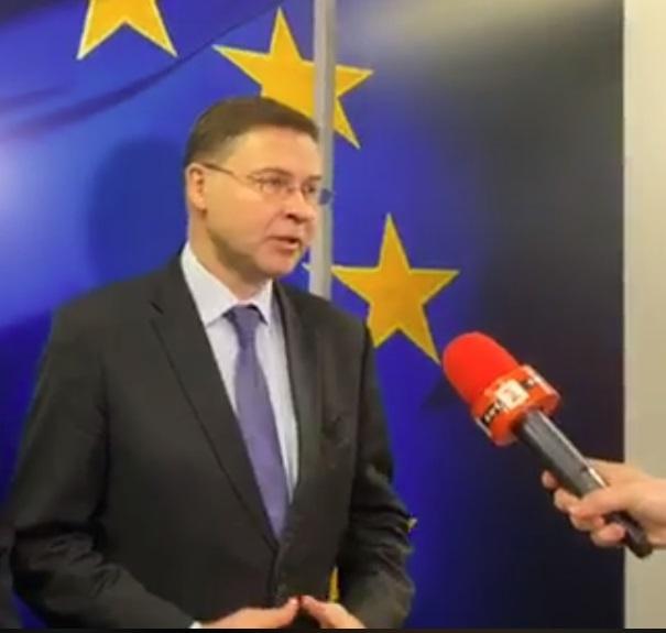 Домбровскис: Курсът лев-евро може да се запази до влизането в Еврозоната
