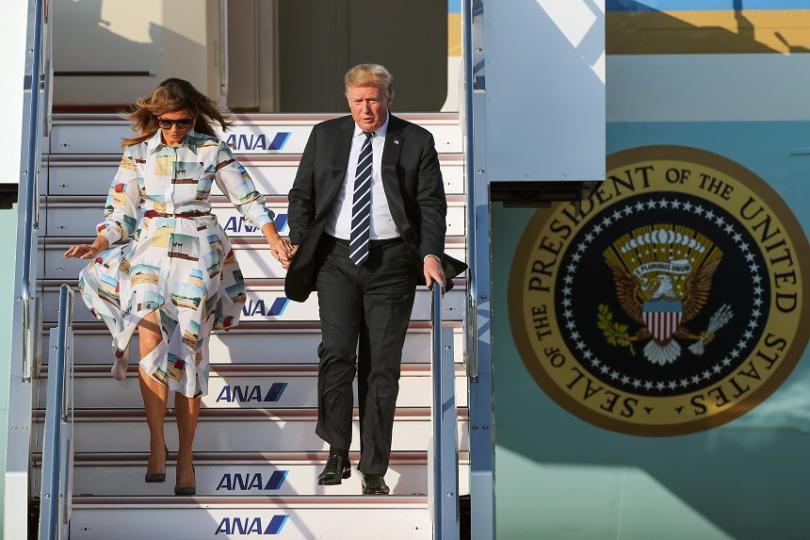 Американският президент Доналд Тръмп пристигна на четиридневно посещение в Япония