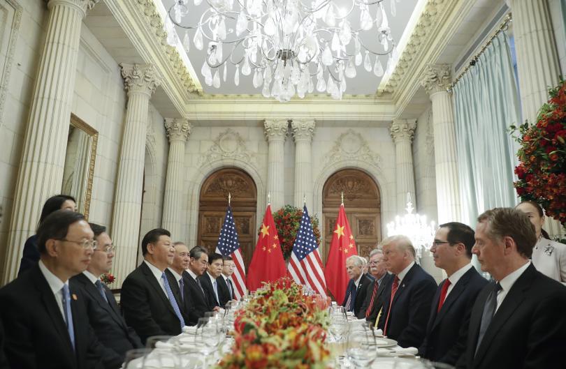 Компромис между Пекин и Вашингтон. Съединените щати и Китай се