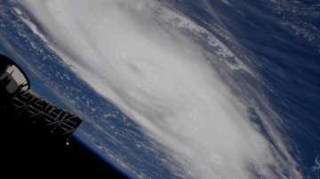 Дориан вече е ураган от пета категория